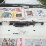 VW T4 Project – War against Rust – Battle II: trunk - added newspapers for spraying