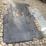 VW T4 Project – War against Rust – Battle VI - Interioir - Carpet cleaning with spiritus