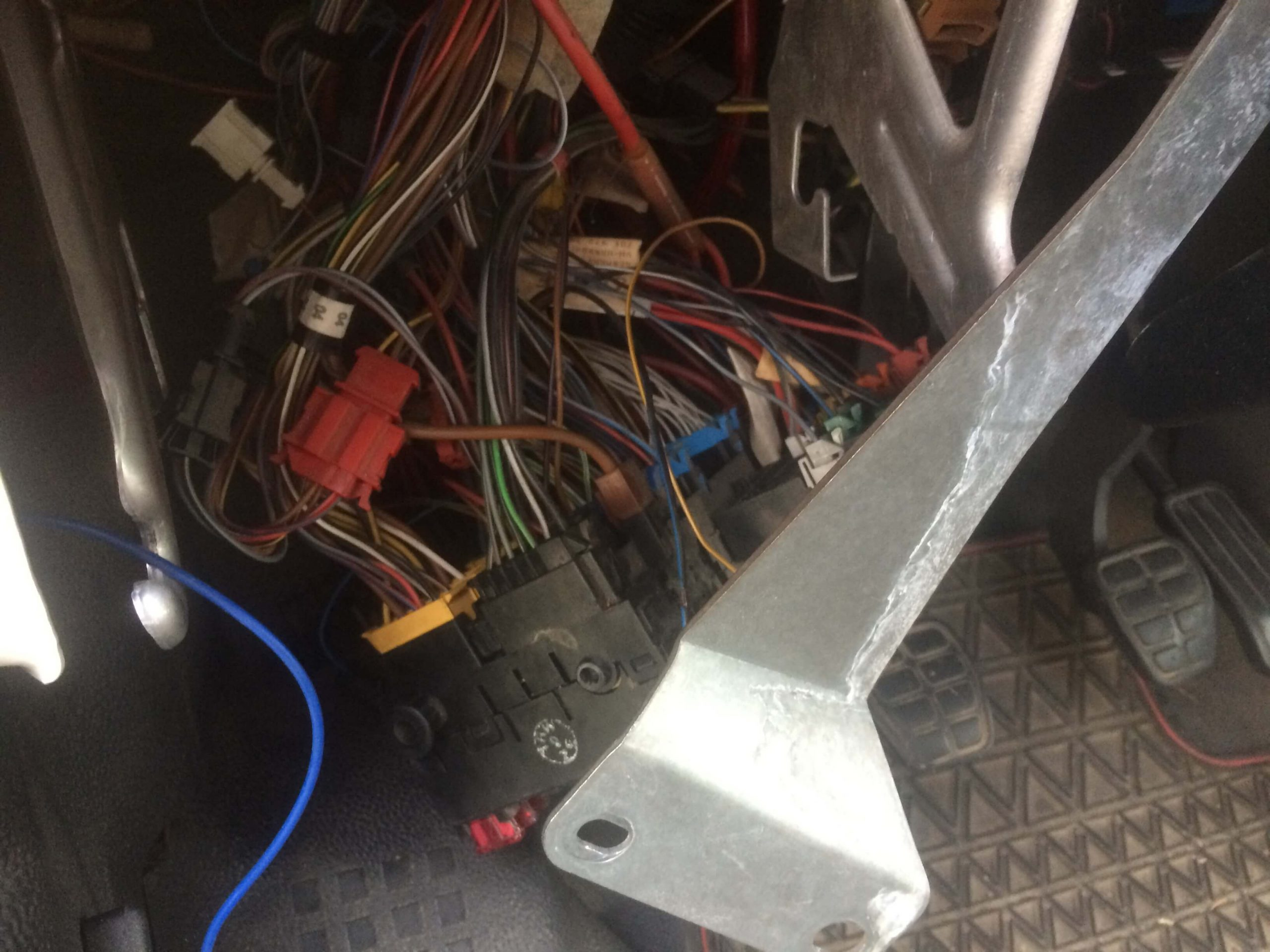 VW T4 Project – secondary battery - central electric